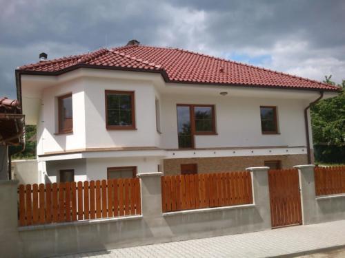 plastova-okna-novostava-rodinneho-domu